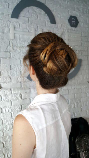 Причёска для выпускницы Анастасии